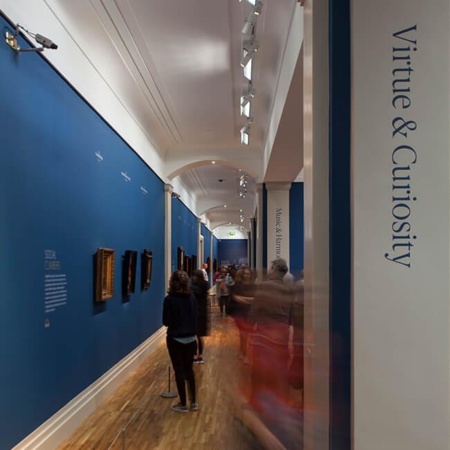 Vermeer_Exh_Corridor_650px