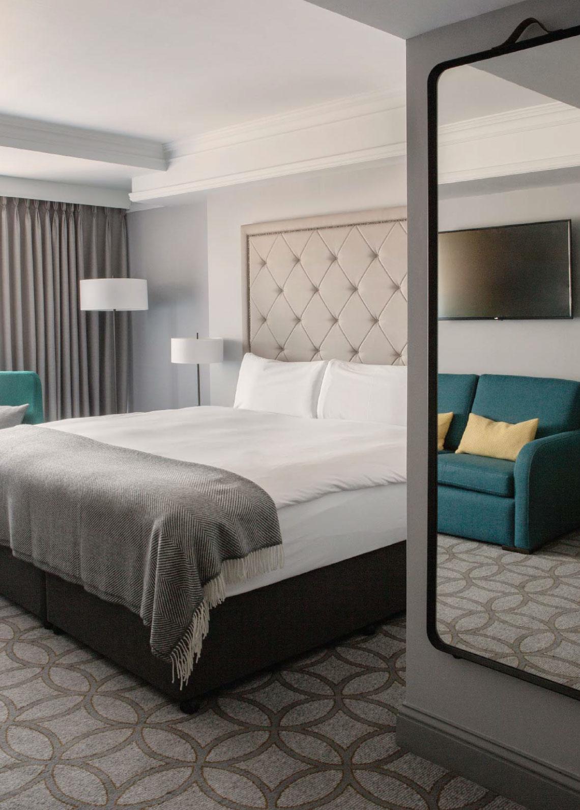 TheDavenport_Room